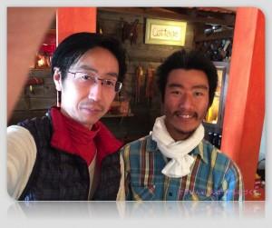 ハンドメイドクラフトコテージの鈴木さん(右)と